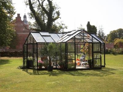 Kasvihuone Botanica malli E - musta 21,5 m² (tilaustuote)