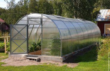Kaarikasvihuone STRONG 24 m² 4 mm kennolevyllä