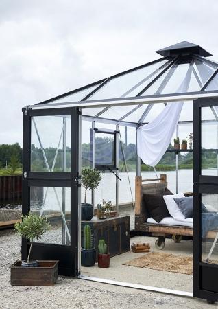 Kasvihuone Juliana Oasis 8,8 m² turvalasilla alumiini/musta väri