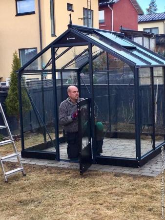 Kasvihuone Juliana Compact 5,0 m² turvalasilla, antrasiitti/musta runko