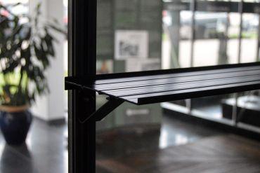 Alumiinihylly kannattimilla, 150x15 cm, musta